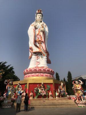 ワット・サマーン・ラッタナーラーム寺院